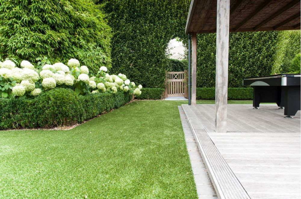 kirkstall - namgrass artificial turf / grass - lifestyle range